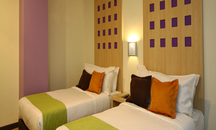 360 xpress citycenter budget boutique hotel hotel for Hip hotels budget