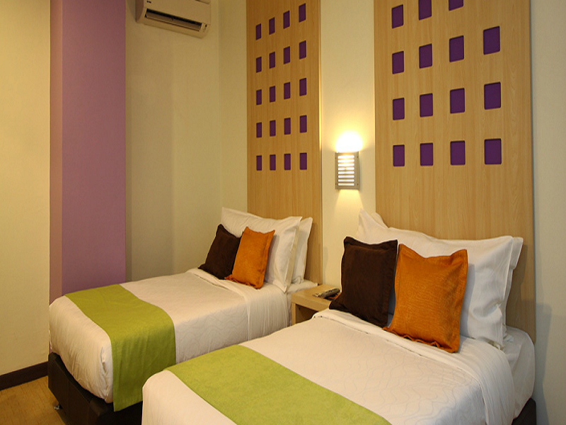 360 xpress citycenter budget boutique hotel 7 sarawak hotels for Hip hotels budget