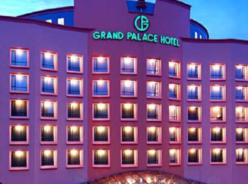 Grand Palace Hotel 1