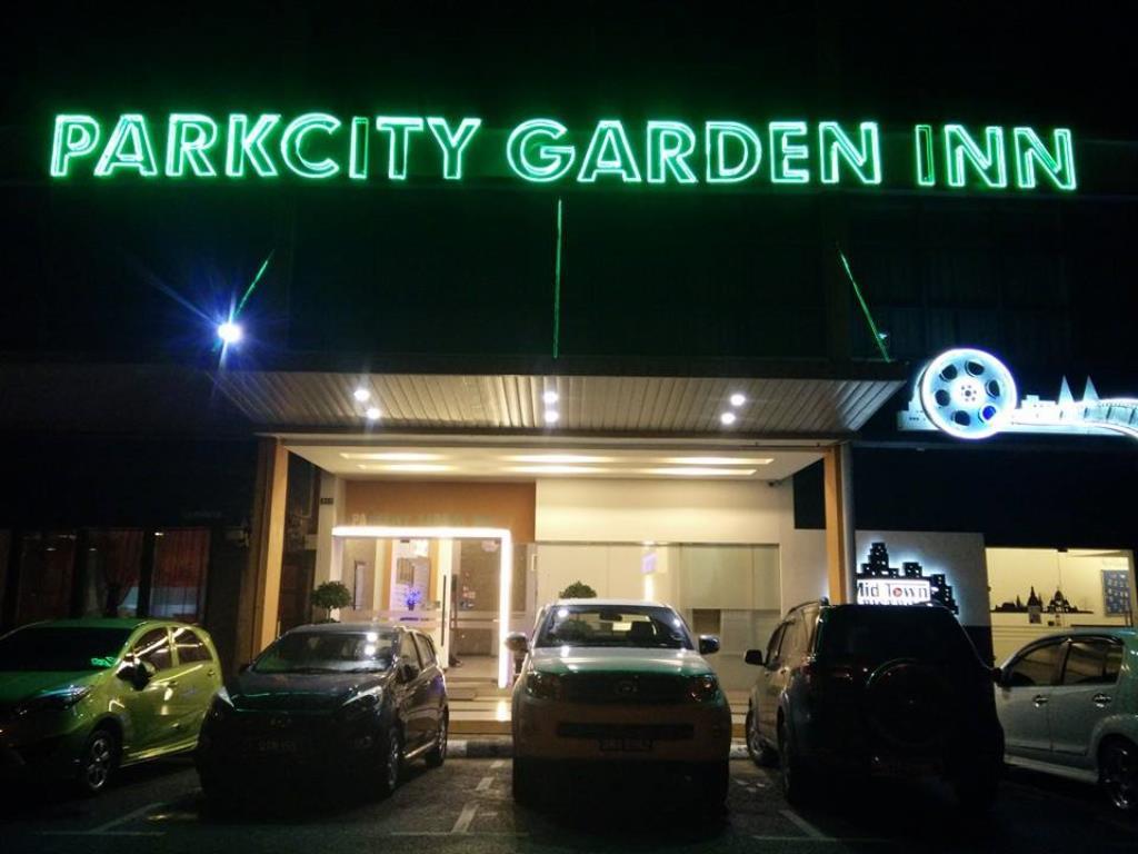 ParkCity Garden Inn