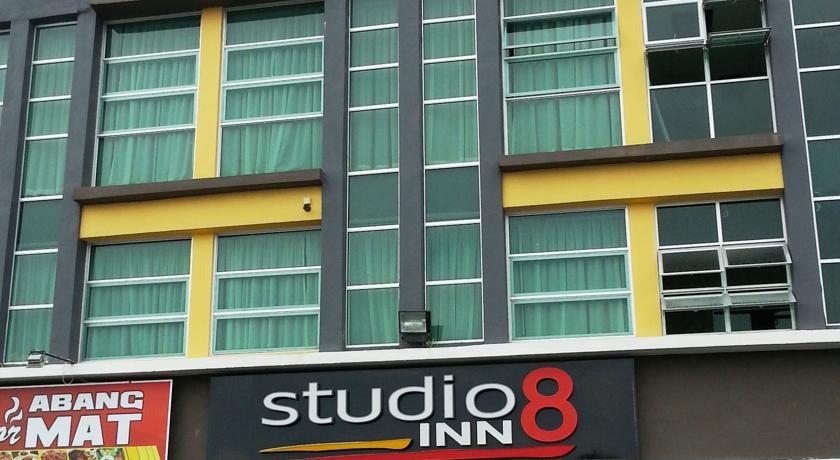 Studio8 Inn