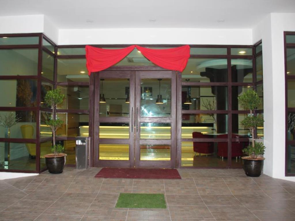 Triple Tree Xpress Hotel